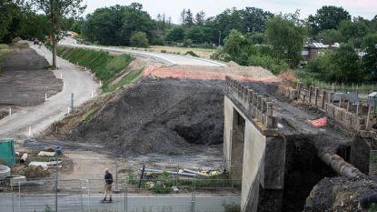 Omleidingsweg Eisden-Dorp wordt duidelijk zichtbaar: werken aan brug volgen binnenkort