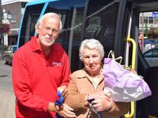 Marietje Brugman 40.000ste passagier van buurtbus Dieren