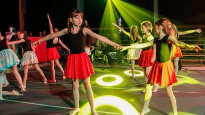 Academie zorgt voor meeslepend muzikaal Ros Beiaardverhaal met koor, orkest en dans
