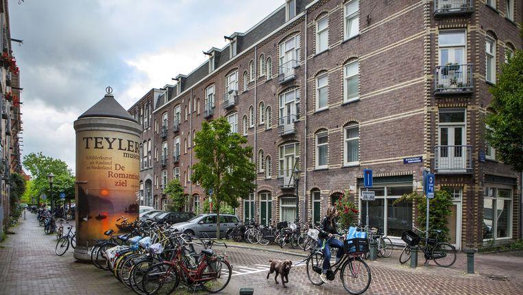 De Bentinckstraat in de Staatsliedenbuurt Beeld Floris Lok