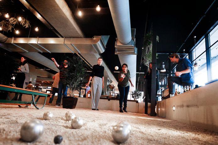 De Utrechtse jeu-de-boulesbar. Vanaf komend voorjaar heeft Arnhem er ook eentje.