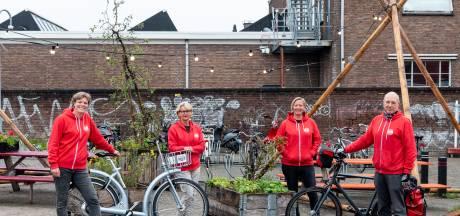 Van 'kuitenbijtende' klimtochten tot bonte stoet uitgedoste tweewielers op het Keistad Fietsfestival