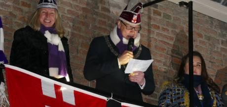 Carnavalsoptochten in Soest, Hoogland en Achterveld gaan ondanks onstuimig weer gewoon door