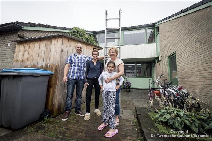 Vlnr: Peter van der Velde, Helga Buist, Arpine Melkonian, Ingrid Eerdink
