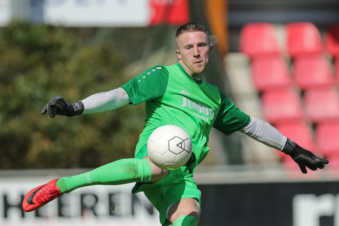 Jonkerman in actie voor FC Lienden.