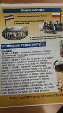 De poster in het Pools is bedoeld om Poolse mensen te attenderen op de Open Monumentendag bij de Museumboerderij