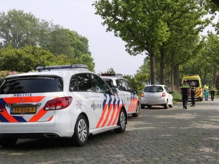 Motorrijder belandt in sloot door ongeluk met auto in Galder