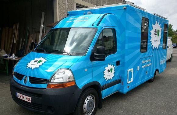 De Woon+bus staat in de Groenstraat de komende twee weken.