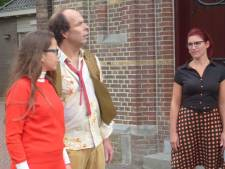 Lithoijense toneelclub dompelt eigen dorp onder in Franse sferen
