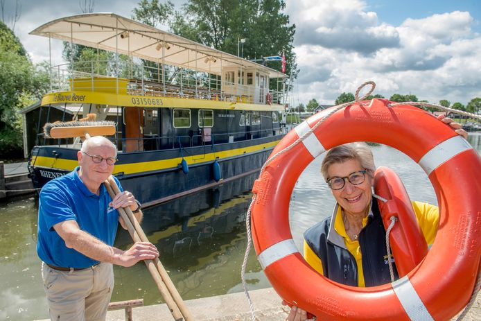 Wim Lauffer (links) en Tine van der Stroom bij de Blauwe Bever.