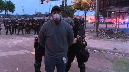 Tv-ploeg van CNN gearresteerd tijdens live-verslaggeving over rellen in Minneapolis