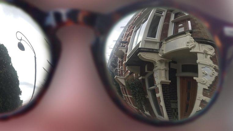 Ik bekijk de stad door hun ogen en zie veel meer dan normaal. Beeld Mike Ottink