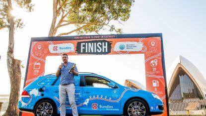 Nederlander rondt wereldreis met elektrische auto af in Nieuw-Zeeland