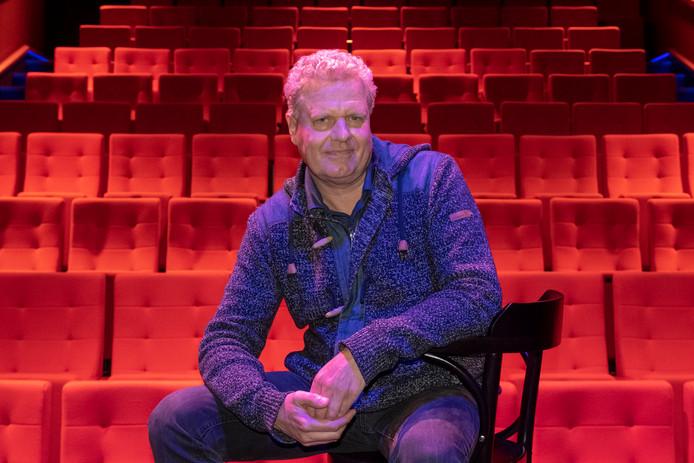 Leon Tamerius in Filmtheater Fizi.