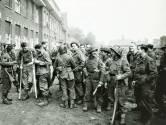 Dubbeldekkers herdenken bevrijding van Schijndel