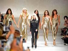 Oude rotten in het modellenvak brengen eerbetoon aan Versace