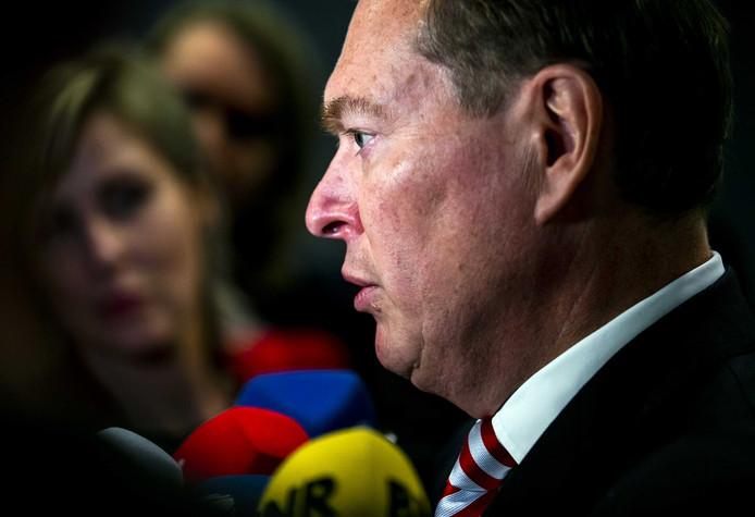 Bruno Bruins, minister voor Medische Zorg, na afloop van het Tweede Kamerdebat over het faillissement van de IJsselmeerziekenhuizen en het Slotervaartziekenhuis.