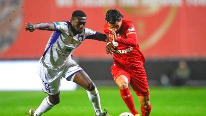 Football Talk. Anderlecht bekijkt of het Luckassen kan houden - Duitse club bereidt bod op Larin voor - Hagi bijna van Rangers