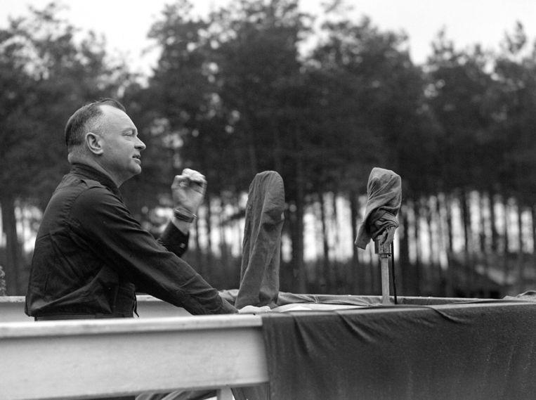 NSB-leider Anton Mussert houdt een rede, 1942. Beeld anp