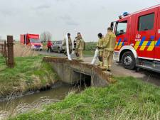 Brandweer legt tijdelijke dam aan na milieuvervuiling in Brugse Polders