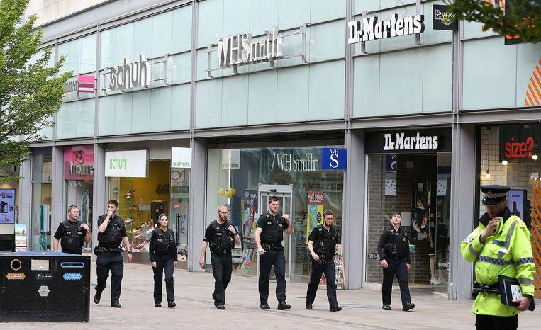 Politie op winkelcentrum Arndale. Beeld anp
