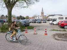 Overlast door parkeren op braakliggend terrein in Domburg