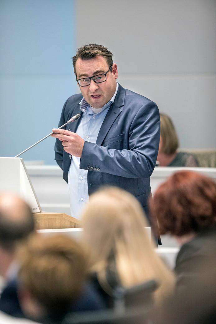 Spoeddebat over steekpartij 5 mei burgemeester Krikke. Richard de Mos spreekt.(Den Haag 17-05-18) Foto:Frank Jansen