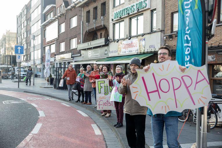 Applaus voor de fietsers in Genk.