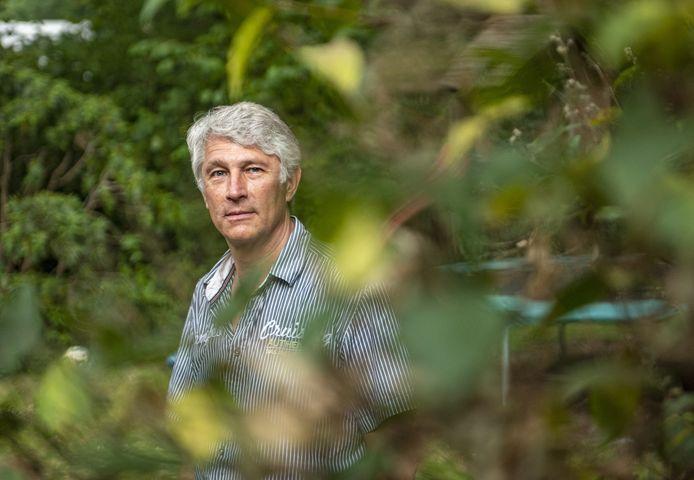 Dijkgraaf Hein Pieper van Waterschap Rijn-IJssel. Hij pleit voor extreme maatregelen om problemen met de droogte tegen te gaan.