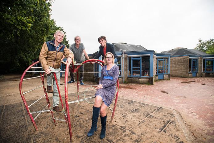 De toekomstige bewoners van de dorpsschool in Rozendaal.