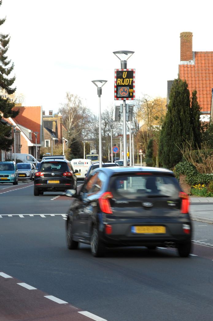 Te hard rijden op de Burgemeester van Loonstraat.