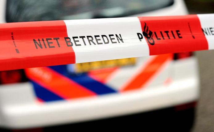 De mishandeling vond vanmiddag plaats rond half vier in de van Karnebeektunnel aan de zijde van de Van Karnebeekstraat