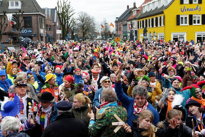 Etten-Leur : Het  MaMi spektakel , een jaarlijkse groot buitencarnavalsfestijn in Etten-Leur. Ook in 2021 willen de organisatoren het vieren. Hoe precies, dat weten ze nog niet.