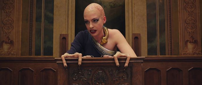 Anne Hathaway in 'The Witches'.