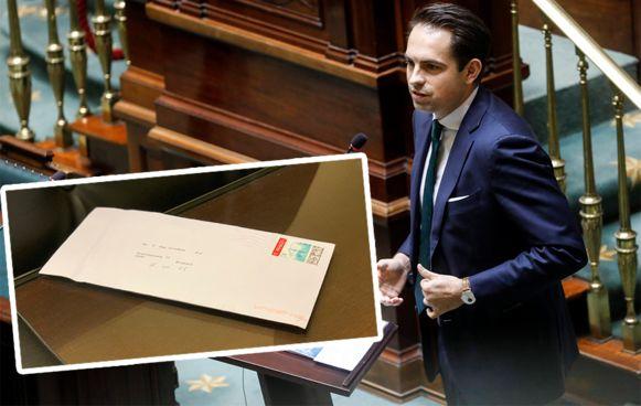 In het federaal parlement kwam een poederbrief toe geadresseerd aan Vlaams Belang-voorzitter Tom Van Grieken.