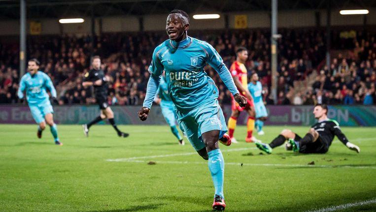 Yaw Yeboah scoort de 1-0 voor FC Twente Beeld ANP