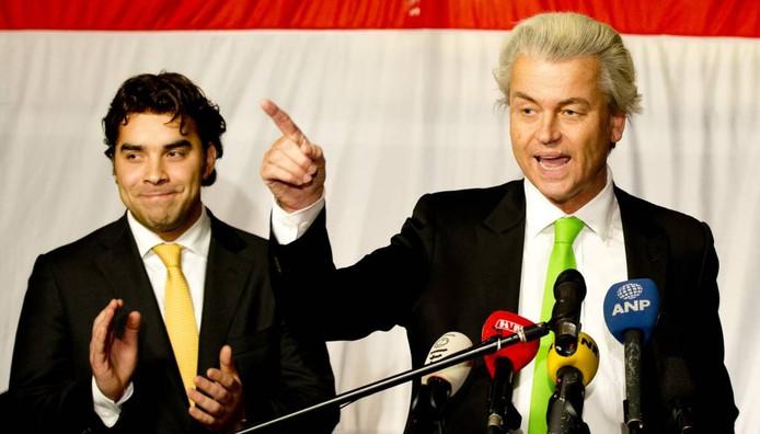 Leon de Jong (PVV Den Haag) en Geert Wilders. FOTO ROBIN UTRECHT