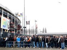 Alle poorten van De Kuip open: Feyenoorders lekker snel binnen