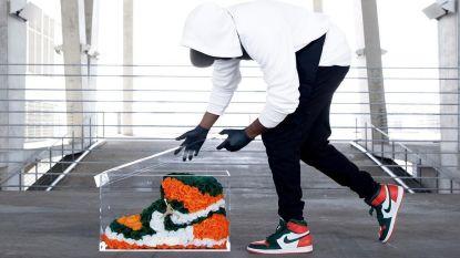 Flower power anno 2019: kunstenaar maakt sneakers van bloemen