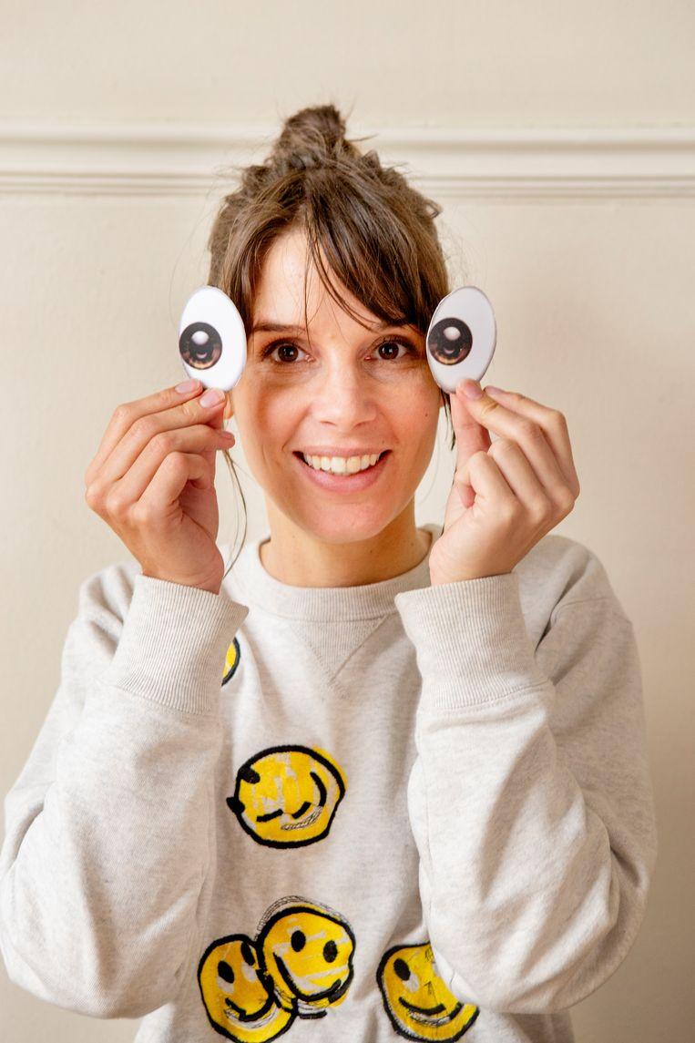 Emoji-expert Lilian Stolk: 'Emoji zijn de lichaamstaal van de onlinewereld.' Beeld Pauline Marie Niks