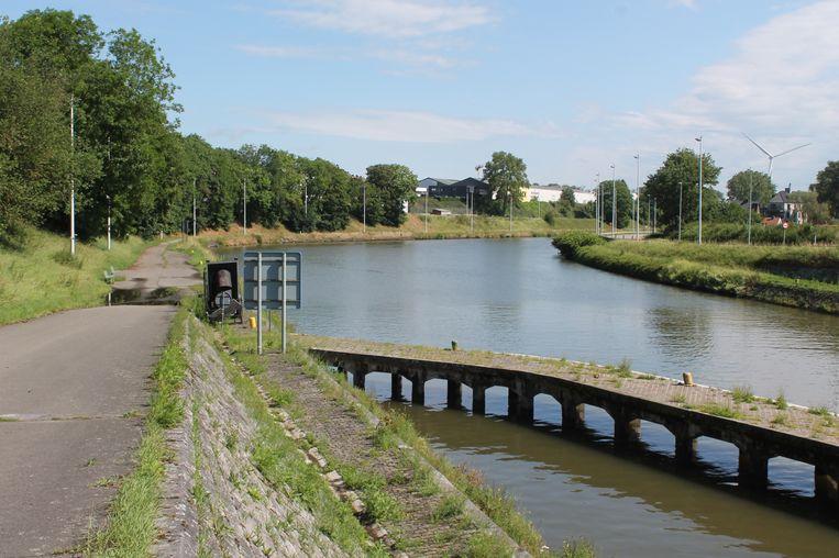 Beeld van het kanaal Brussel-Charleroi in Halle, archiefbeeld ter illustratie.