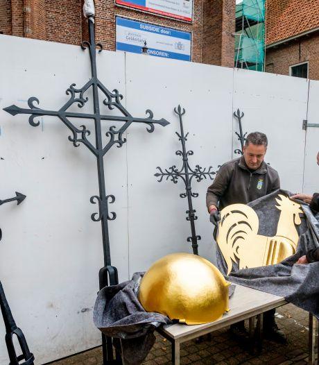 Publiek mag weer komen kijken bij de restauratie van plafondschilderingen in de Grote Kerk van Harderwijk