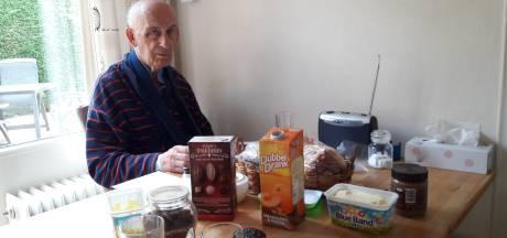 Recordhouder Vierdaagse in duster aan ontbijttafel: 'Ik voel me een kneus'