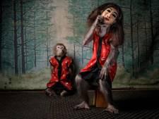 Vlaardingse natuurfotograaf wint prijs met bijzondere foto van twee makaken