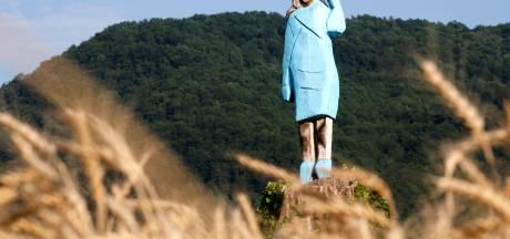 Houten standbeeld Melania Trump in Slovenië in brand gestoken