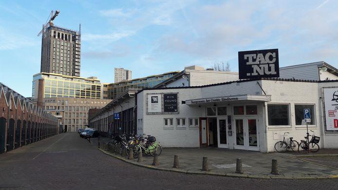 Het TAC-gebouw, de voormalige Philips personeelswinkel, aan de Vonderweg in Eindhoven.