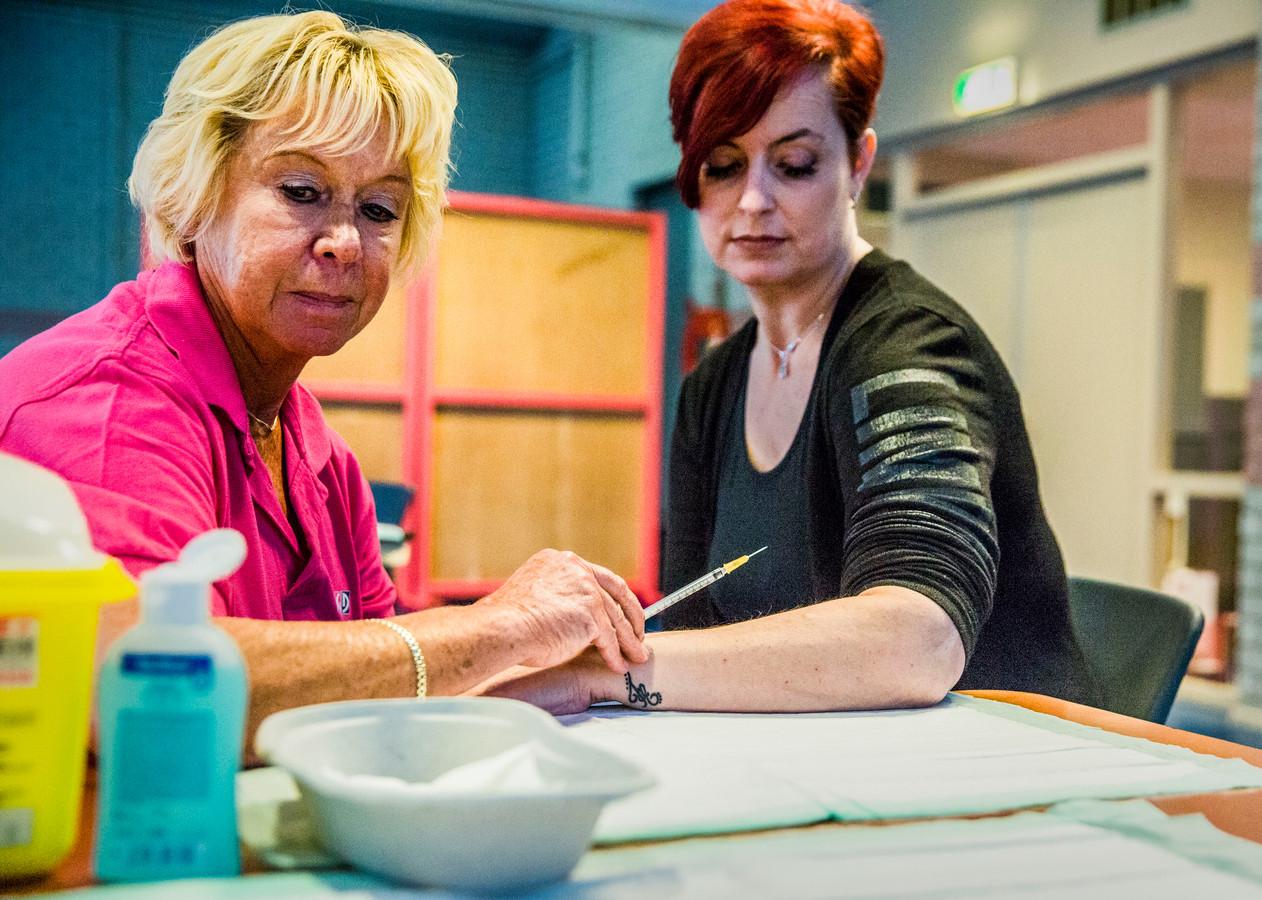Ruim 700 inwoners in Vaassen zijn opgeroepen voor een tbc-onderzoek.