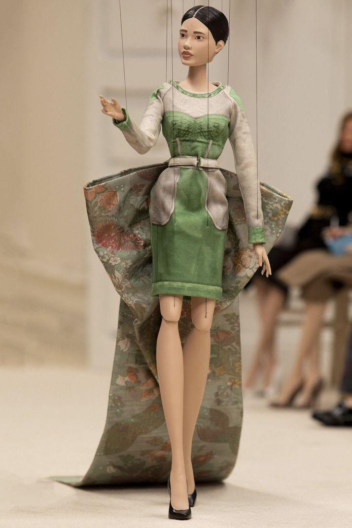 Le défilé de Moschino pendant la Fashion Week de Mian.