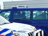 Iraans gezin met kinderen verstopt in nieuwe auto's op autotrailer in haven Vlissingen