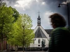 Burgemeesters doen klemmend beroep op kerken: 'Hou de deur dicht met kerst'
